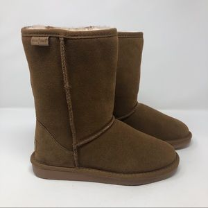Minnetonka Shearling Olympia Boot in Brown Suede